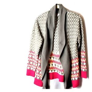 Gray and off white tribal knit cardigan sz s b72